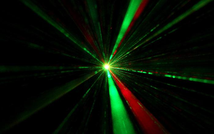 Rusia y China cooperarán en el desarrollo de láseres superpotentes