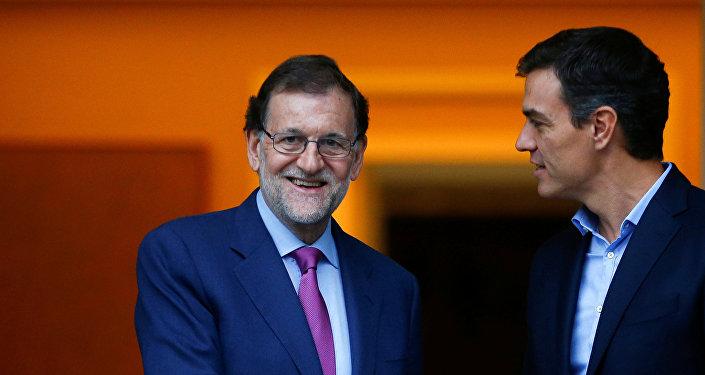 Mariano Rajoy, presidente del Gobierno de España, y Pedro Sánchez, secretario general del PSOE