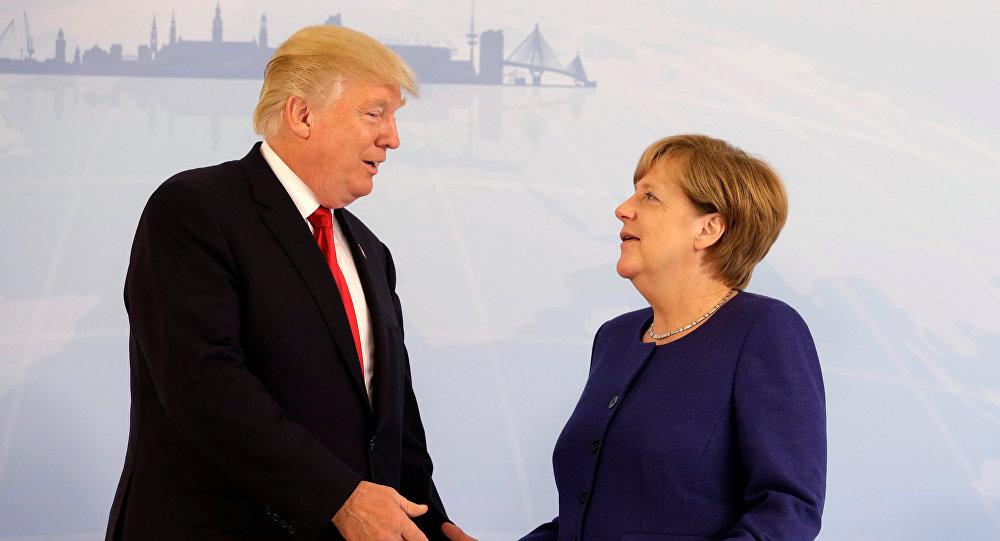 El presidente estadounidense, Donald Trump, y la canciller alemana, Ángela Merkel (archivo)