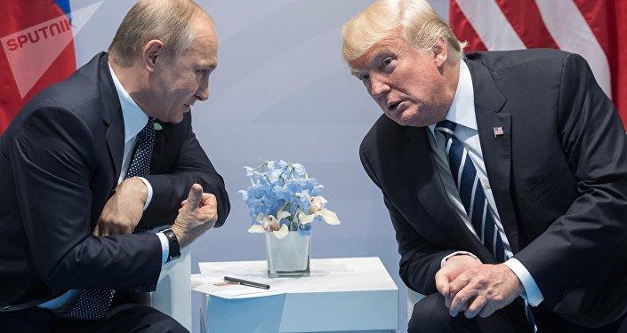 Cara a cara: el primer encuentro entre Putin y Trump