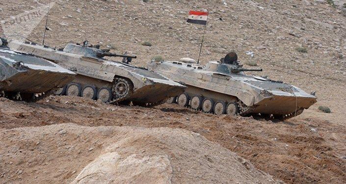 Los tanques del Ejército de Siria