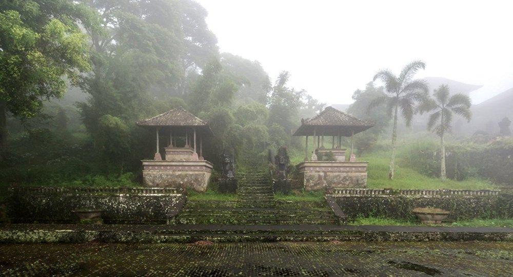 El misterioso hotel indonesio Bedugul Taman