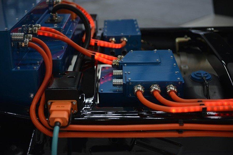 Una parte del sistema híbrido del UAZ Profi