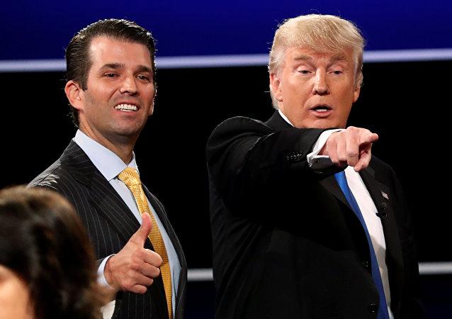 Donald Trump hijo y su padre, el presidente de EEUU