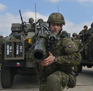 Las maniobras de la OTAN  (archivo)