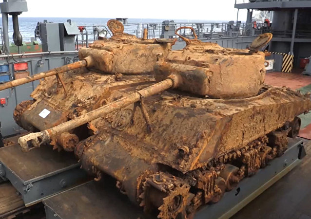 Sacan dos tanques estadounidenses de la II Guerra Mundial del fondo del mar de Barents