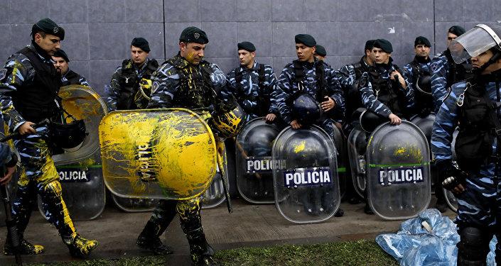 Policía de Argentina cerca de planta de PepsiCo
