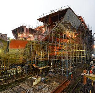 La construcción del rompehielos del proyecto 22220