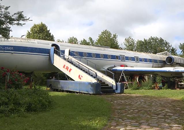 El antiguo avión soviético Tu-134