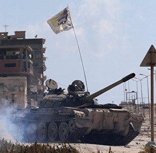 Tanque del Ejército Nacional de Libia (archivo)