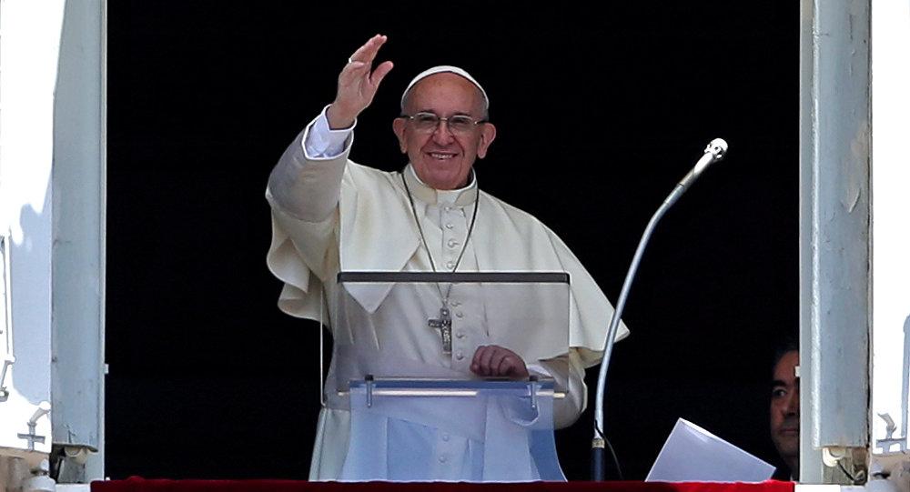 Papa Francisco asegura que ora por Venezuela