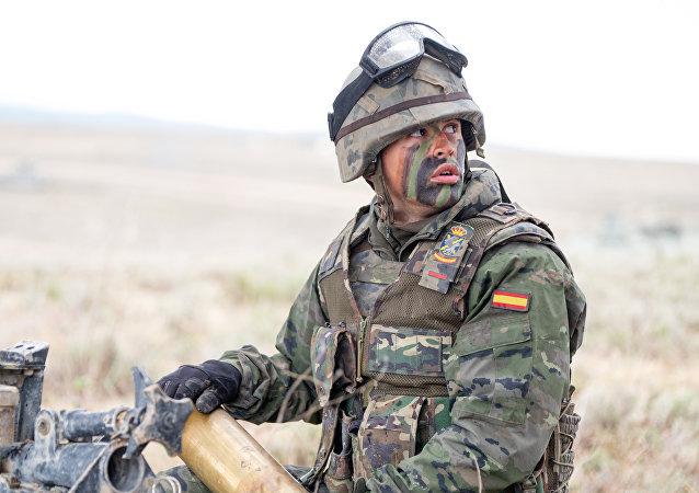 Un soldado español de la OTAN