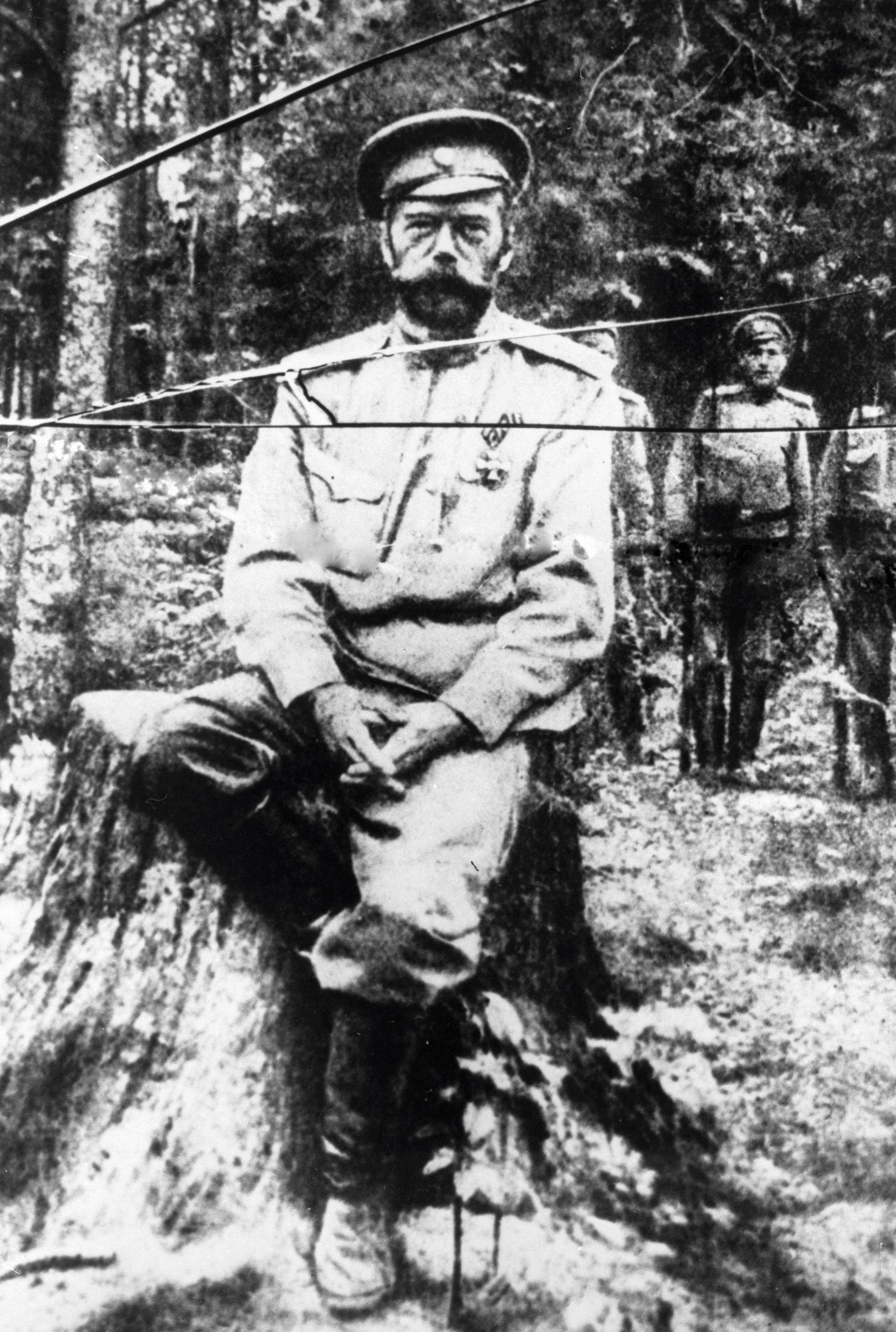 Una de las últimas fotografías de Nicolás II, hecha el verano de 1917