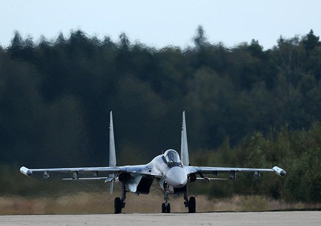 El caza polivalente ruso Su-35