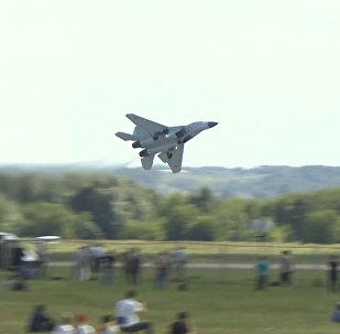 El estreno global del nuevo MiG-35 ruso, al detalle