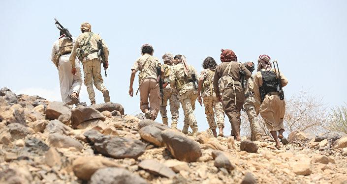 Los combatientes leales al presidente legítimo Abdo Rabu Mansur Hadi en Yemen (archivo)