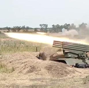 Militares rusos muestran el potencial de sus piezas de artillería