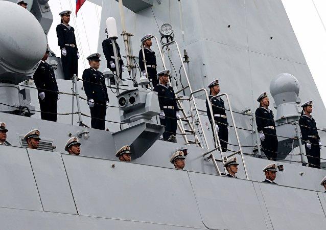 La fragata china Yuncheng llega al puerto de Baltíisk