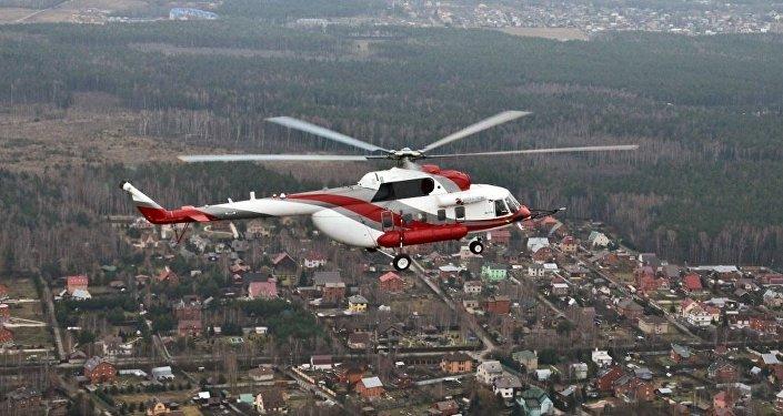 El helicóptero Mi-171A2 durante un vuelo de pruebas