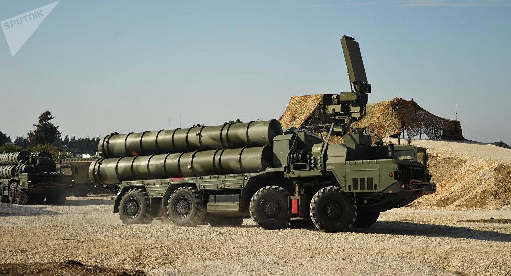 Sistema de misiles antiaéreos S-400 en Siria (archivo)