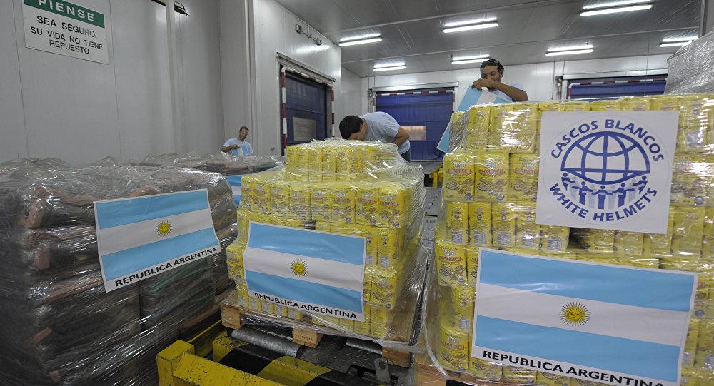 Ayuda humanitaria de Cascos Blancos de Argentina (archivo)