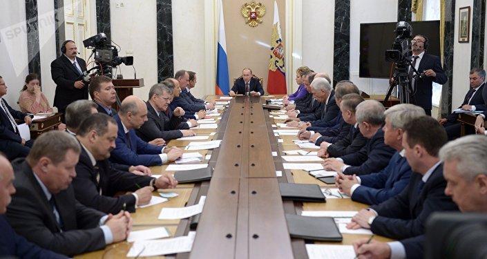 El presidente de Rusia, Vladímir Putin, en la reunión del Consejo nacional de Seguridad (Archivo)
