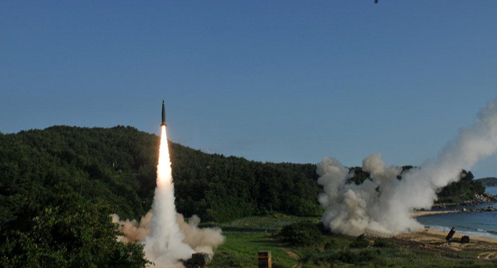 El lanzamiento del misil balístico de clase tierra-tierra ATACMS