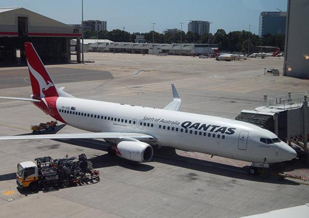 Un avión de Qantas en el aeropuerto de Sídney, Australia (archivo)