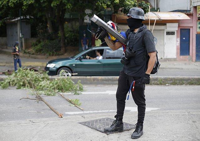 Un opositor a la Asamblea Constituyente en Venezuela