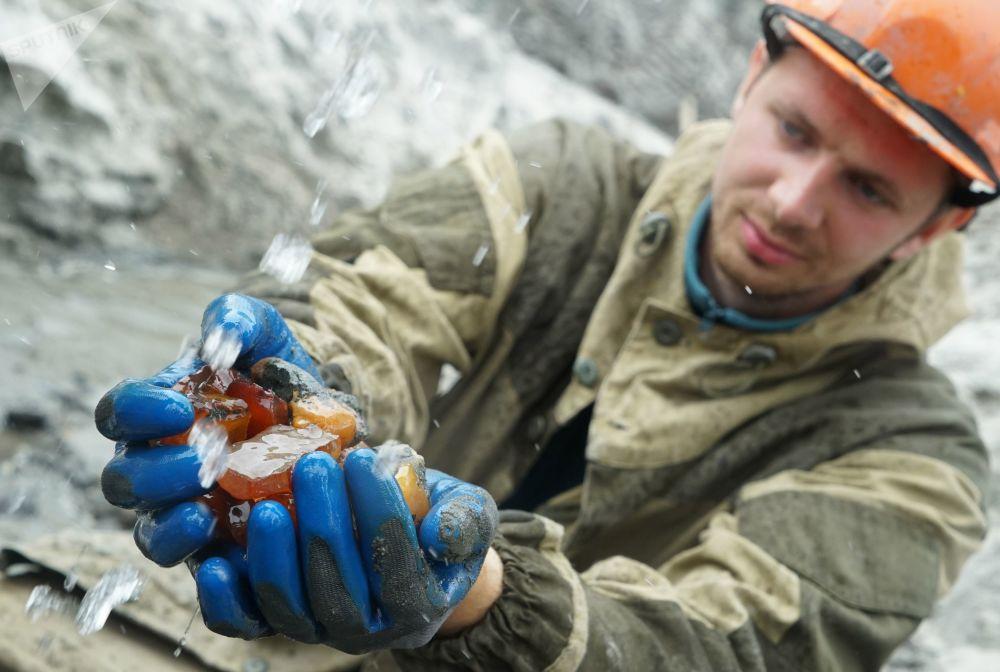 La tierra de la 'piedra de miel' rusa: la extracción de ámbar en Kaliningrado