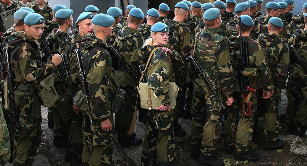 Militares bielorrusos durante las maniobras Zapad (archivo)