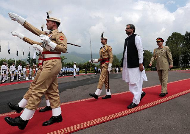 El nuevo primer ministro de Pakistán, Shahid Khaqan Abbasi