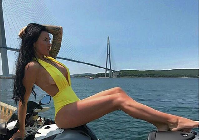Olga Pronina, motociclista rusa