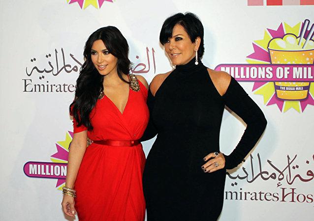 Kim Kardashian y su madre Kris Jenner