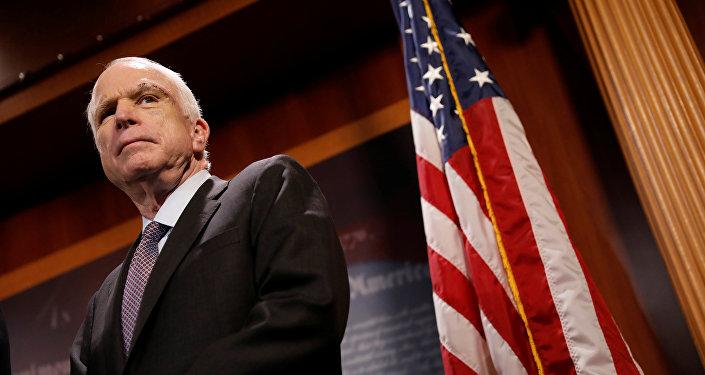 El senador de Arizona, John McCain, uno de los defensores más activos de sanciones antirrusas (imagen referencial)