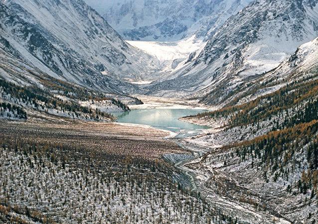 Las montañas de Altái, Siberia