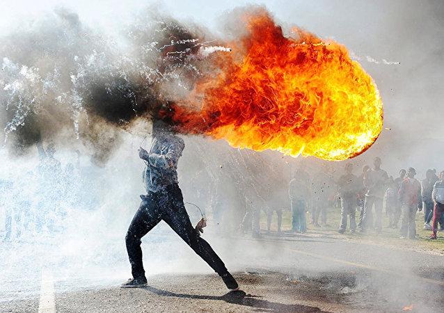 Protestas en Grabouw, del reportero gráfico Phandulwazi Jikelo (Sudáfrica)