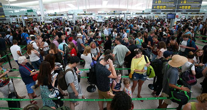 Colas en el aeropuerto de Barcelona, España (archivo)