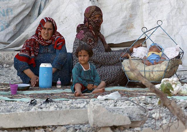 Civiles en Al Raqa, Siria (archivo)