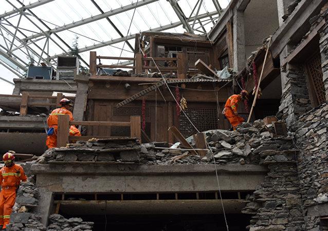 Consecuencias de un fuerte terremoto en China