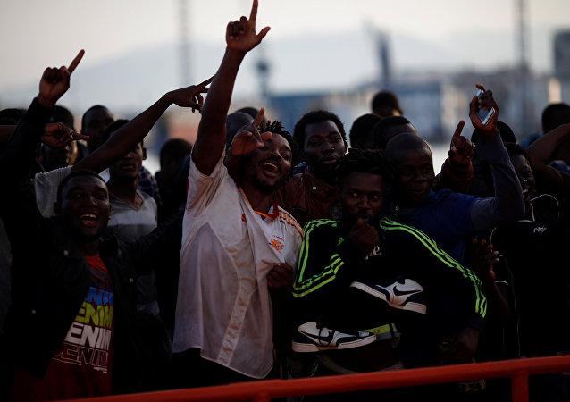 Migrantes en España (archvio)