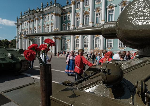 Un tanque T-34 en San Petersburgo