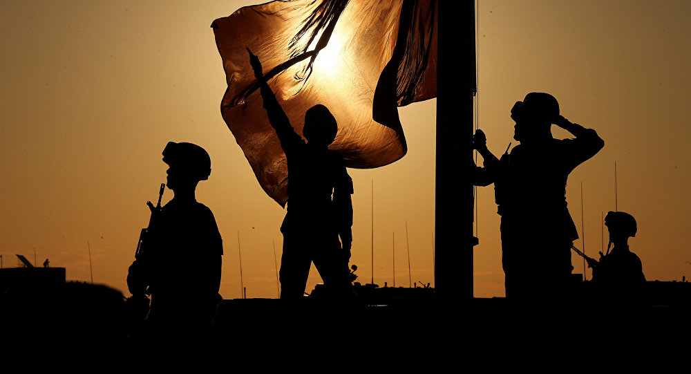 Soldados celebran el 90 aniversario de la fundación del Ejército Popular de Liberación de China