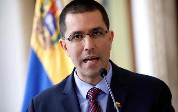 Venezuela repudia persecución judicial contra dirigentes políticos en Ecuador