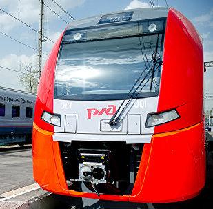 Un tren de Ferrocarriles de Rusia