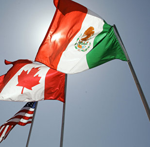 Las banderas de EEUU, Canadá y México