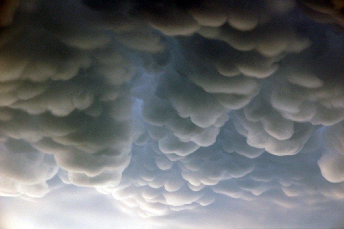 Nube mastodóntica sobre Rosario (Argentina)