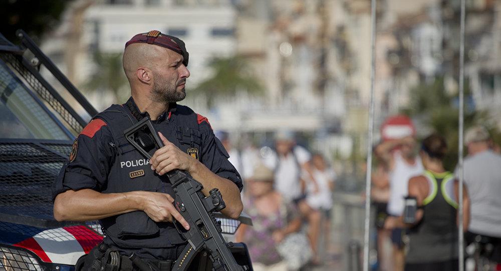 Policía en el lugar del atentado en Cambrils