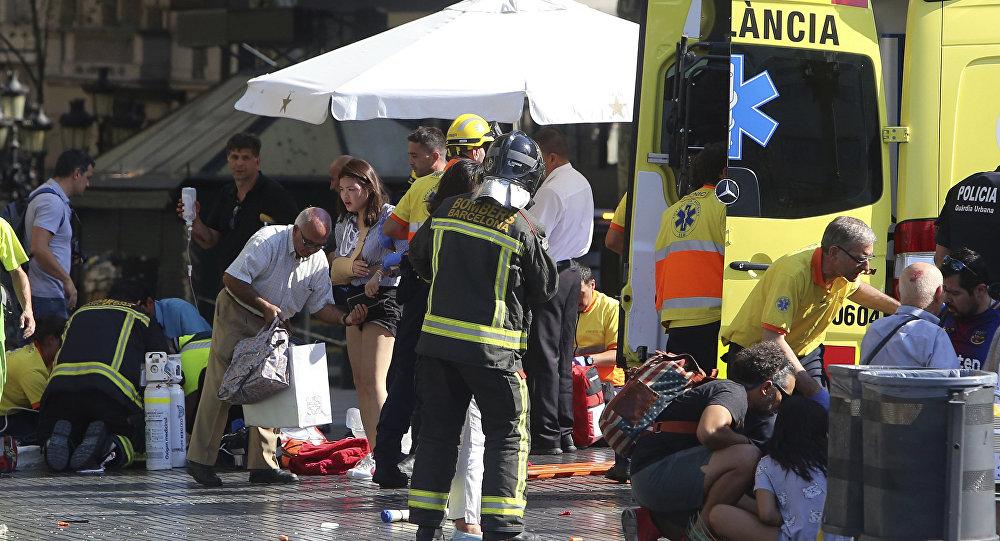 Ambulancia en el lugar del atentado en Barcelona