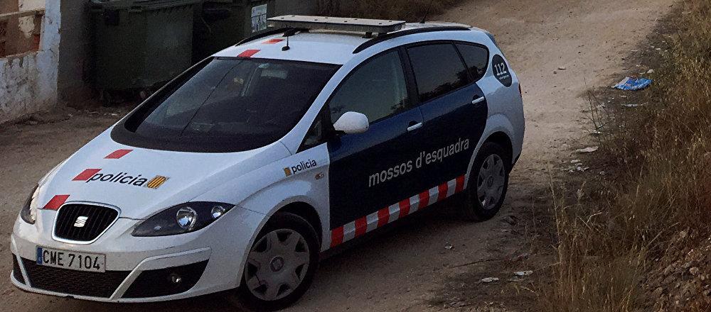 Coche de los Mossos d'Esquadra en la localidad de Alcanar, España